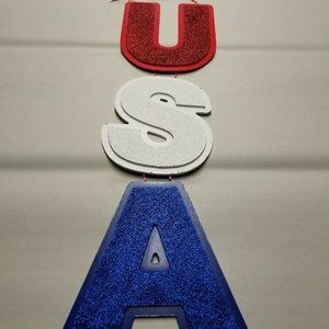 USA Vertical Hanging Wall Sign (Red/White/Blue)